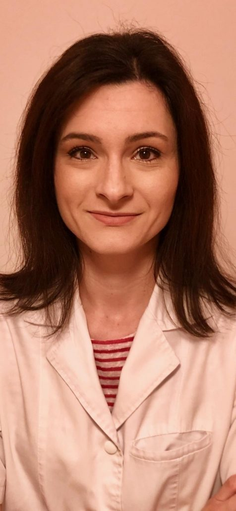 dr.-irina-adrian-3-476x1030